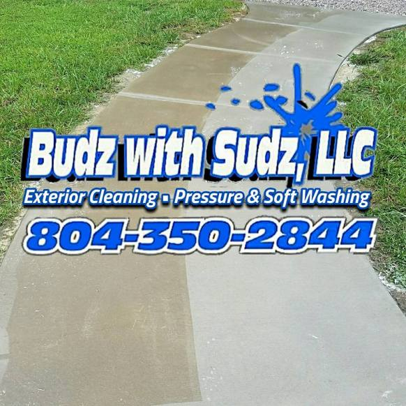 Concrete Cleaning and pressure washing in Richmond Virginia